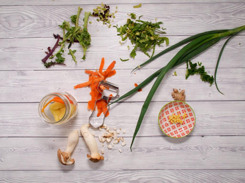 Gemüseabschnitte: zu schade zum Wegwerfen, (c) 2021 by Sarah